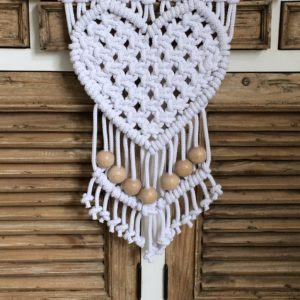 Wandhanger 'Love' Gene Key 25 wit