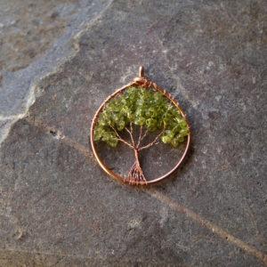 Hanger levensboom met olivijn