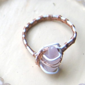 Ring Rozenkwarts met ijzer en koper
